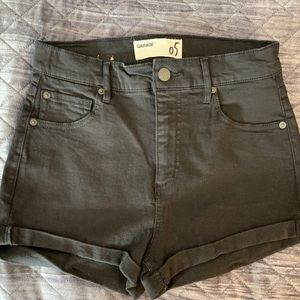 Garage Black shorts